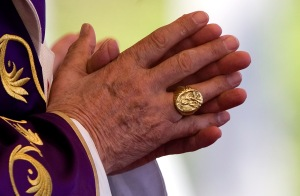 Fisherman's ring seen on Pope Benedict XVI's hand