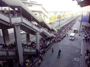 The queue at an MRT station in Manila