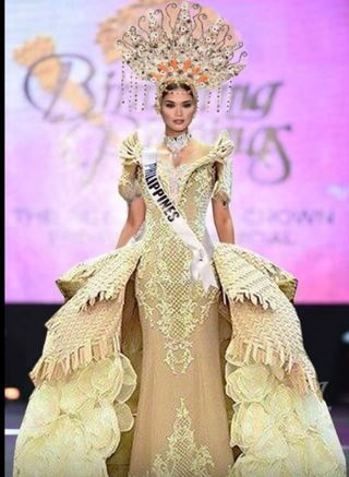 MISS PHILIPPINES PIA WURTZBACH'S NATIONAL COSTUME FOR MISS