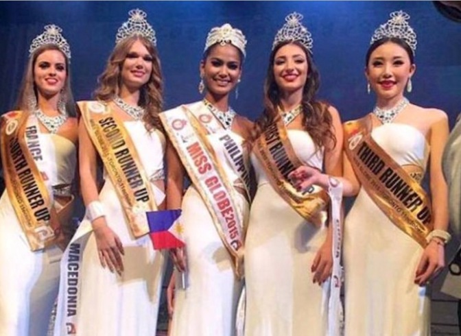 2015 Miss Globe and her court