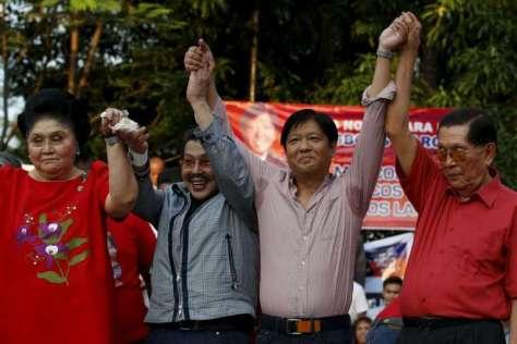 L-R: Imelda Marcos, Estrada, Bongbong Marcos, Juan Ponce Enrile