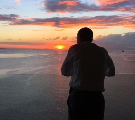 Obama watching the sunset at Manila Bay