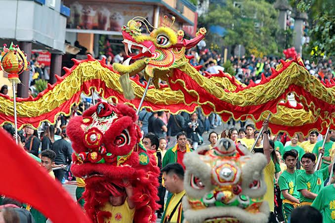Opposition Senators File Bill To Ban Chinese New Year